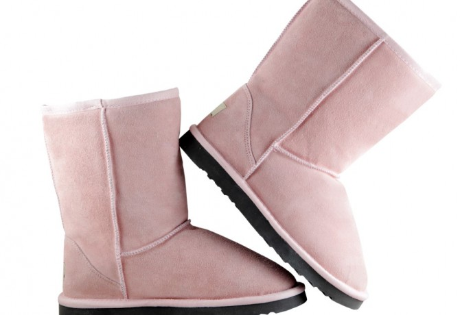 Uggs are officially back!