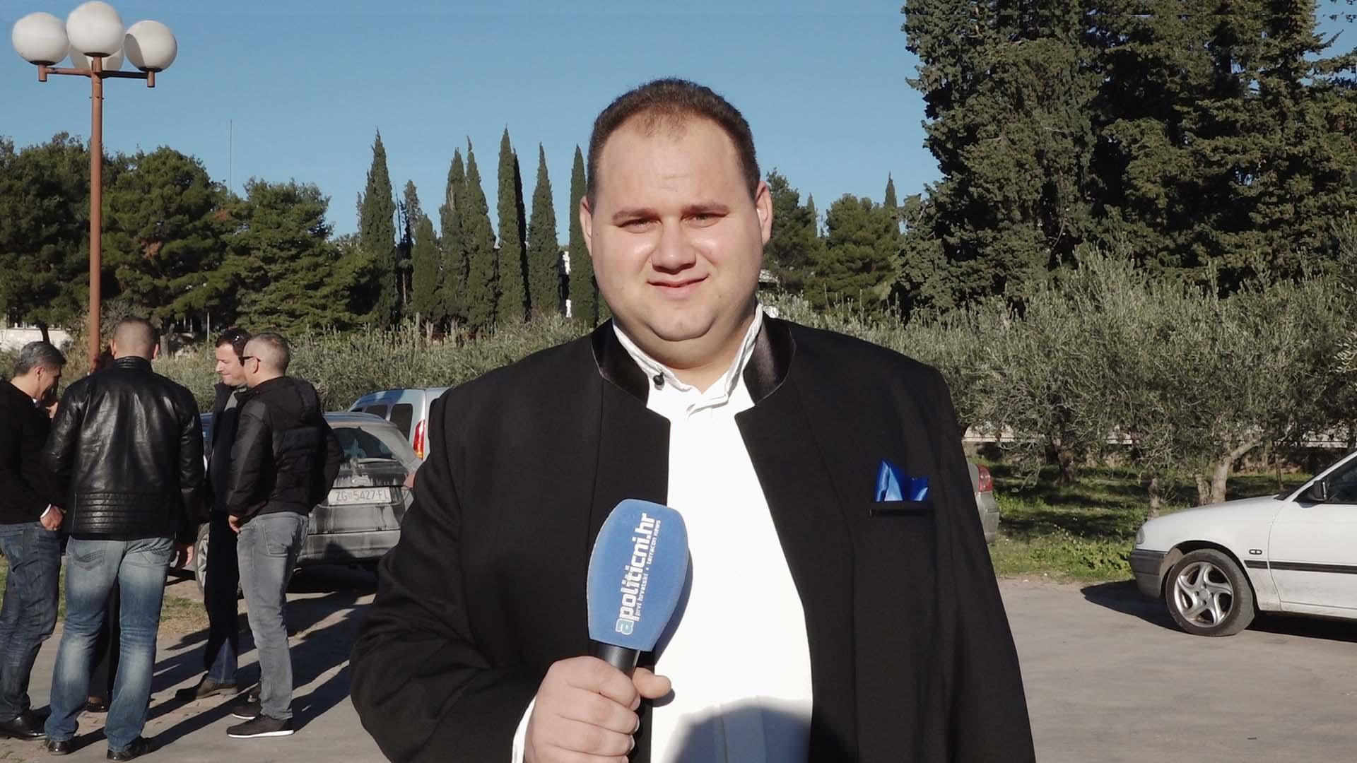 Branko Medak glasom i pjesmom osvaja