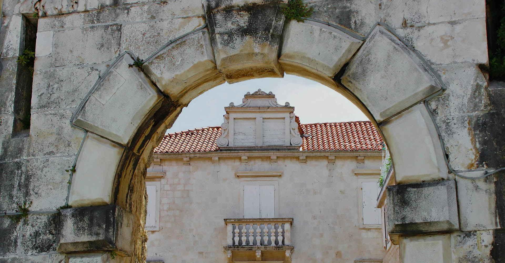 """Baluni, balunčići"" u Muzeju grada Trogira"