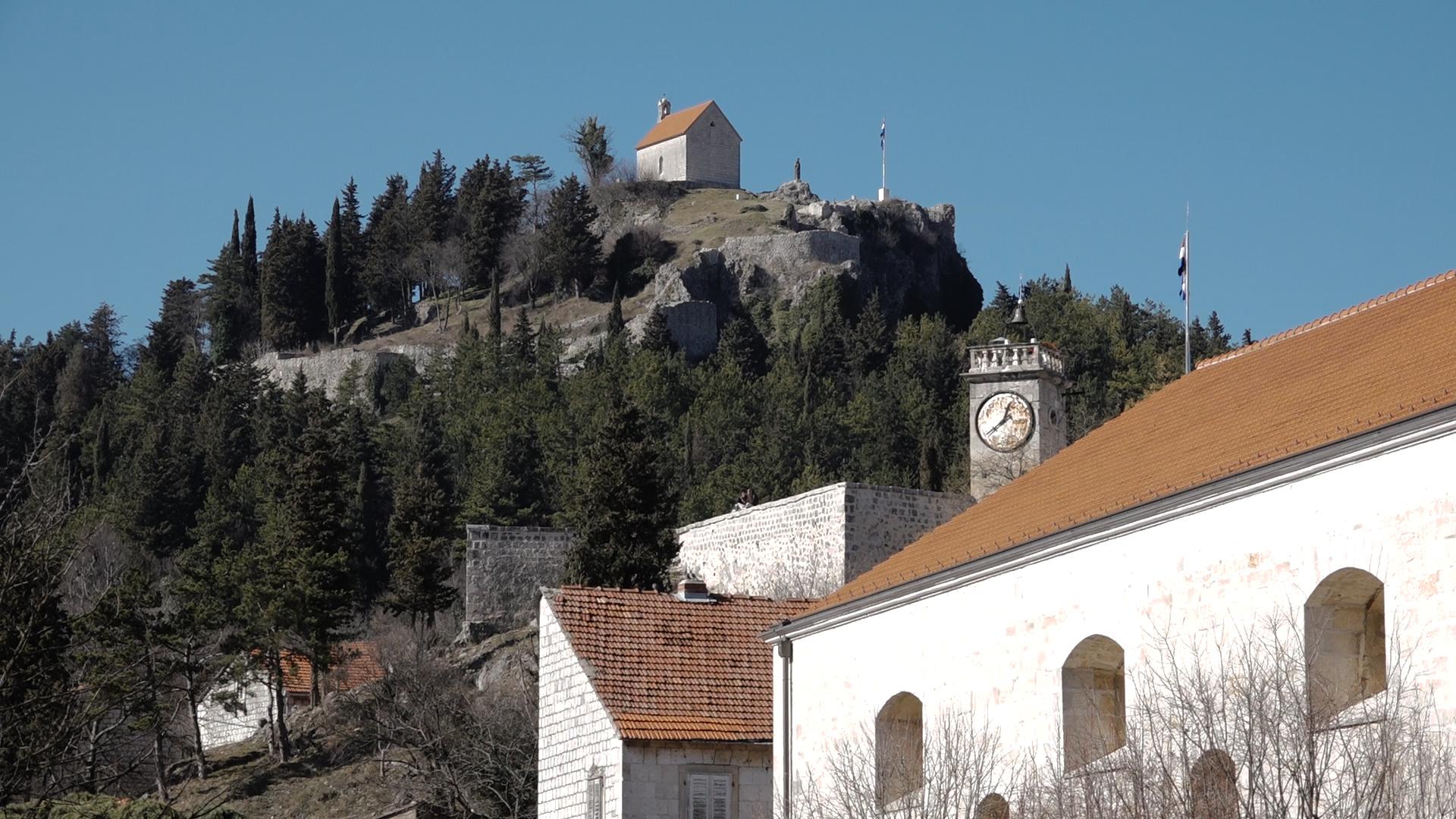 Dalmatinska zagora – splitsko zaleđe dobila potporu za Udruženo oglašavanje Turističke zajednice grada Sinja, Trilja, Vrlike i općine Dugopolje i Klis su uključene u strateško važan projekt Udruženog oglašavanja u 2017. godini