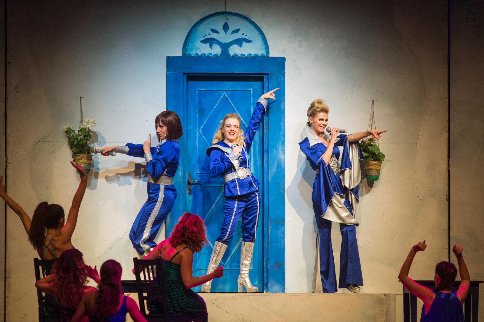 Ispred više od 3000 ljudi mjuzikl ''Mamma Mia'' u Zadru dokazao status kazališnog fenomena