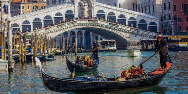 Venecijanski filmski festival otvara redatelj La La Landa s novim uratkom First Man