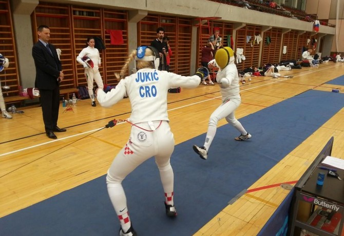 Split Fencing Club story continues
