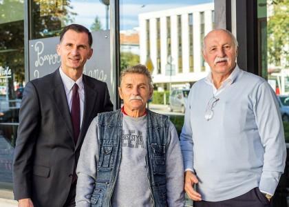 Alenko Barać receives donation in Split