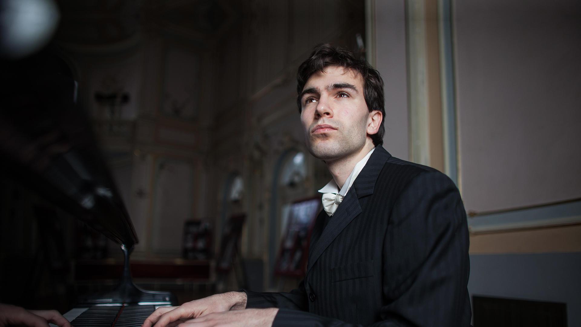Svih pet Beethovenovih klavirskih koncerata u izvedbi splitskih pijanista i Orkestra splitske Opere