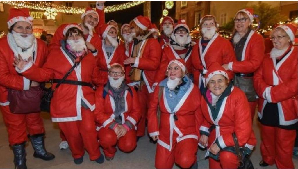 Jedinstvena utrka u Hrvatskoj: 300 Djeda Božićnjaka u Zadru na opće oduševljenje malih i velikih