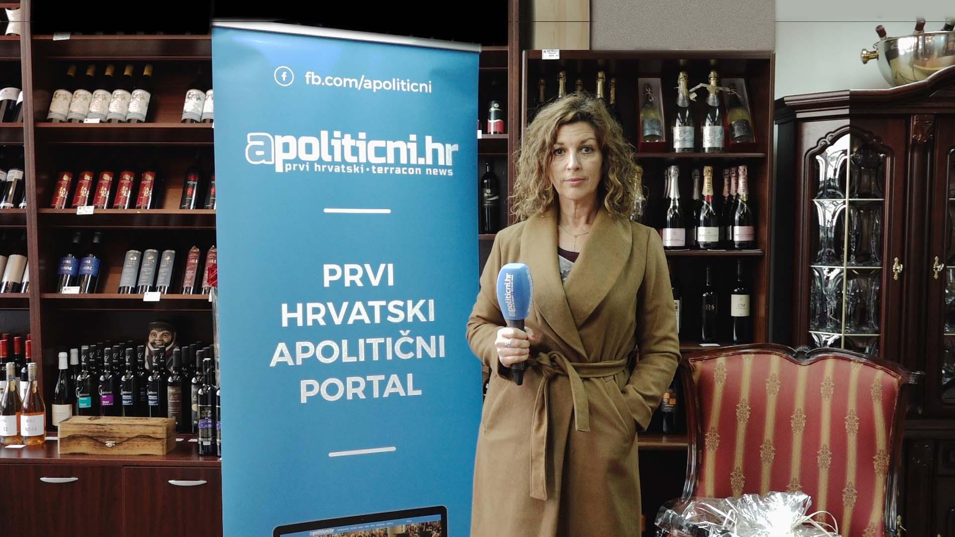 Advent u Splitu i Božićni sajam uveseljava goste