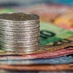 Univerzalni osnovni dohodak-prednosti i koristi za zajednicu