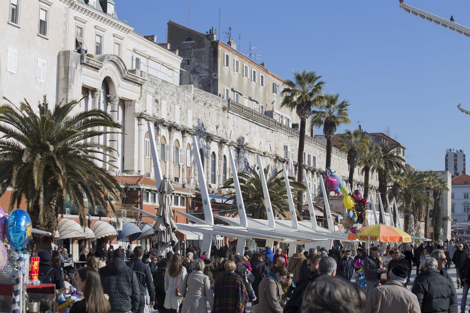 Na Rivi od ponedjeljka kreće Uskrsni sajam antikviteta