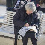 Žene u Hrvatskoj brojnije, dugovječnije i obrazovanije od muškaraca ali i potplaćenije