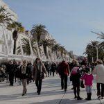 Svjetski dan glazbe: Centar Splita prvi dan ljeta u znaku muzike i plesa! Sedmu godinu zaredom HGU Split posebnom manifestacijom želi poboljšati glazbeno-kulturnu ponudu u gradu I ove godine na prvi dan ljeta na pet lokacija diljem grada će se obilježiti Svjetski dan glazbe zaslugom HGU Split. Riva, Pjaca, Marmontova, Mihovilova širina i Dom mladih živjet će glazbu od 18.30 do iza 23 sata.