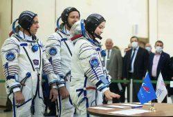 Stvarno, što se događa s Amerikancima? Pustili Ruse da snime prvi film u svemiru!
