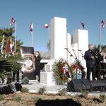 Na svečan način otkriven spomenik ispred Lore